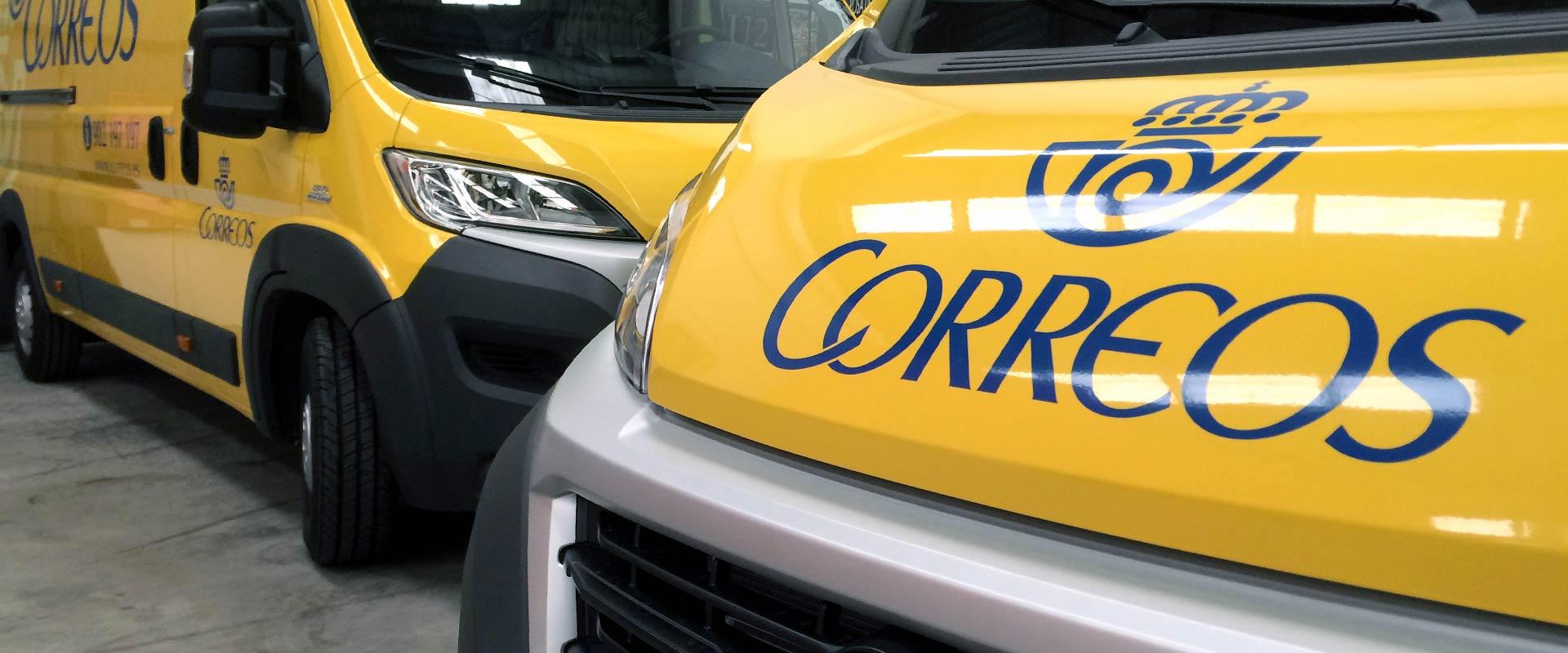 rotulación de flota de vehículos para Correos